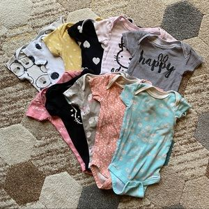 LAST DAY AVAILABLE  Onesie Bundle 6-9 Months